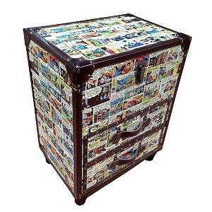Gabinete Decorativo de Madeira com Baú e 2 Gavetas DC Comics Quadrinhos Coloridos - 52 x 50 cm