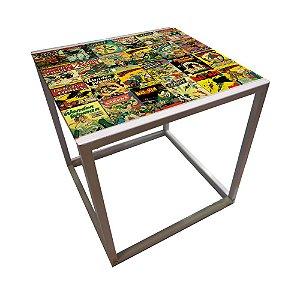 Mesa de Canto Quadrada de Ferro DC Comics Quadrinhos Coloridos - 56 cm