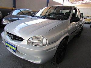 Corsa Classic 2004