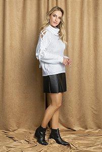 Suéter detalhe ombro amarração