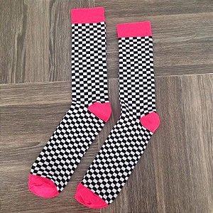 Quadriculada  branco, preto e rosa