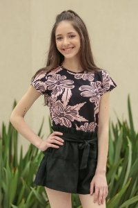 SPRING PREVIEW | Blusa Teen Estampa Black Folhagem