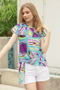 TULUM COLLECTION | Blusa Teen Colorful Geometric