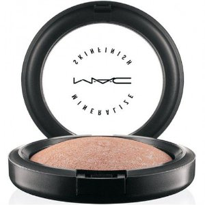 Iluminador Facial Soft and Gentle - MAC
