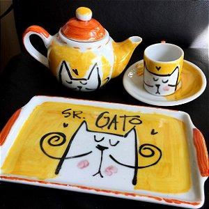 Conjuntinho xícara de café  : bule,  bandeja e xícara de café  - Sr. Gato