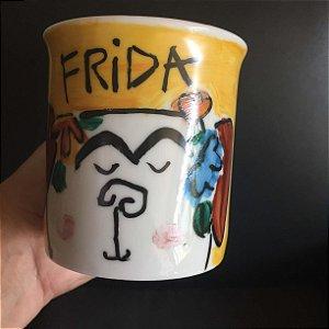 Caneca Frida - cachorrinha