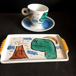 Conjuntinho xícara de chá com pires e bandeja- Dinossauro