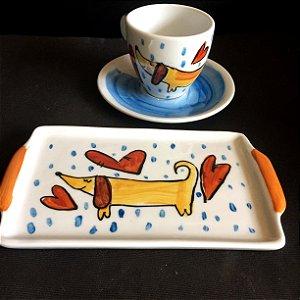 Conjuntinho xícara de chá com pires e bandeja- Cachorrinho salsicha