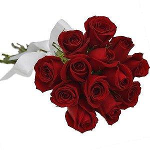 Ramalhete Apaixonante com 12 Rosas