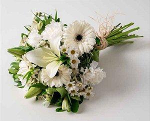 Ramalhete de Flores Brancas