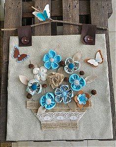 Panô Tecido e Feltro Flores Azuis