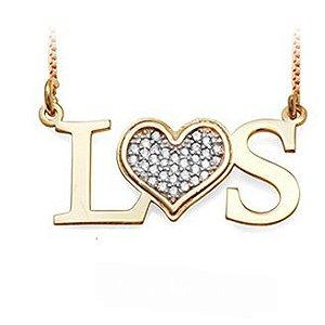 Gargantilha Prata Banho de Ouro Duas Iniciais L e S com Coração VD 128