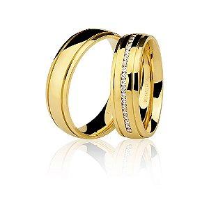 Aliança Ouro Amarelo 18k Arredondada com Dois Frisos e Diamantes Ref 76.0199.2020