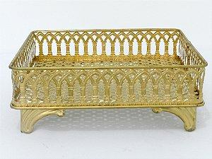 Bandeja metal dourada quadrada