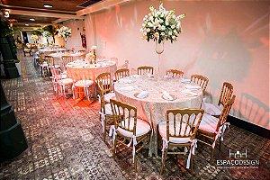 Arranjo de flores alto mesa de convidados