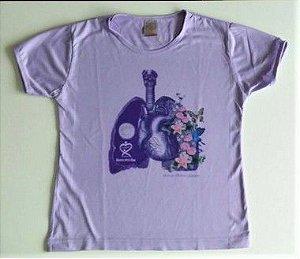 COMBO 3: Camiseta Respirando com Amor + adesivo A Fibrose Cística é parte do que somos, não o limite do que podemos ser