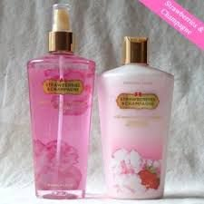 KIT CREME+BODY SPLASH STRAWSBERRIE AND CHAMPAGNE 250ml CADA