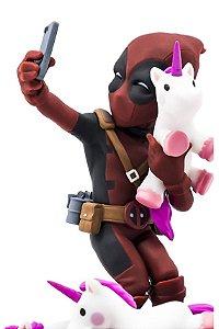 Deadpool #UNICORNSELFIE - Marvel - Q-Fig - Quantum Mechanix (QMX)