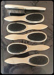 Escova própria para perucas