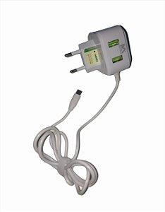 CARREGADOR RAPIDO 2.4A MICRO USB V8 1M + 2 USB MAXMIDIA MAX-CAR112