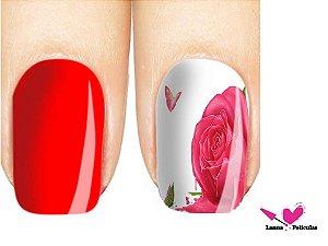 Película de unha Rosa vermelha  3D
