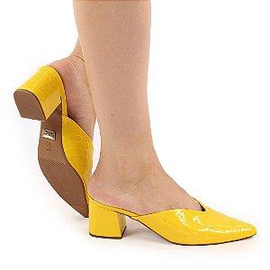 CC6113 - Mule Amarelo textura Croco