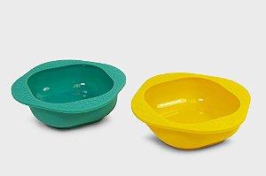 Kit com Duas Tigelas em Silicone Verde e Amarelo - Marcus & Marcus