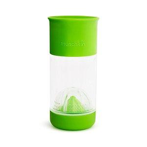 Copo Infusor de Frutas 360 Verde - Munchkin