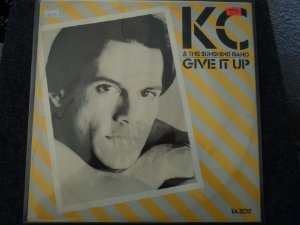 KC & THE SUNSHINE BAND - GIVE IT UP / PARTY WITH YOUR BODY