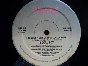 LOCAL BOY - THRILLER - OWNER OF A LONELY HEART ( MEDLEY DOS DOIS CLÁSSICOS )