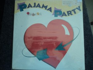 PAJAMA PARTY - HIDE AND  SEEK