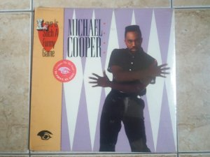 MICHAEL COOPER - LOVE IS AUCH A FUNNY GAME ( INCLUINDO DINNER FOR TWO) - LP LACRADO - (MA)