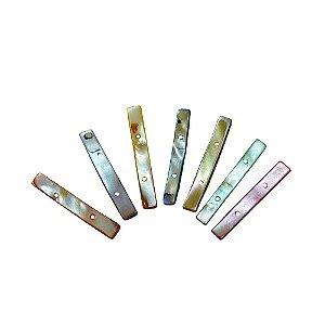 12-0066 - Pacote com 1 Kg de Madrepérolas Coloridas Palito com 2 Furos 38mmx5mm
