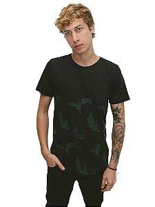 Camiseta Folhas Tropicais