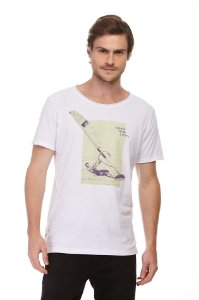 Camiseta Whats Your Limit Branco