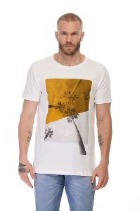 Camiseta Wild World