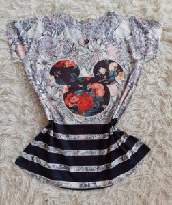 T-Shirt Feminina Para Revenda Fundo Mickey Rosto