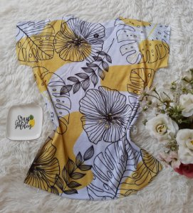 T-Shirt Feminina no Atacado Flores e Plantas Grandes