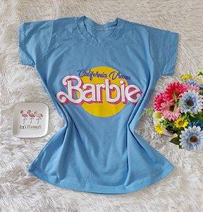 T-Shirt Feminina Barbie Fundo  Azul