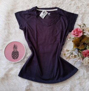 T-Shirt Feminina No Atacado Básica Bolso Liso Marinho