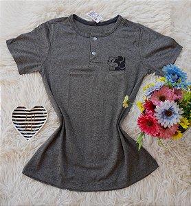 T-Shirt Feminina Mickey Bolso