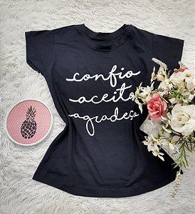 Camiseta No Atacado Confio Aceito Agradeço