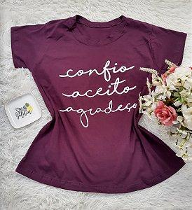 Camiseta No Atacado Confio Aceito Agradeço Roxo