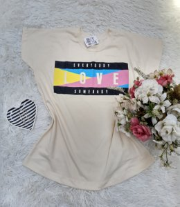Camisa No Atacado Love Off-White