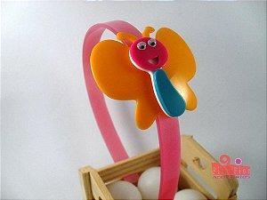 Tiara (Arco) Coleção Bichinhos Fita Flor Acessórios. Borboleta Feliz (Multicor, Arco Rosa Bebê, Acetinado)