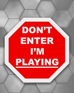 Placa Decorativa - Don't Enter I'm Playing