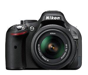 CÂMERA NIKON D5200 LENTE 18-55mm + CAPA, TRIPÉ E SD 64GB