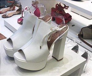 Sapato Branco Salto Grosso