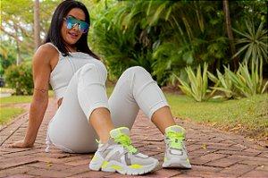 A Novidade / Tênis Branco/Neon - Coleção Scheila Carvalho