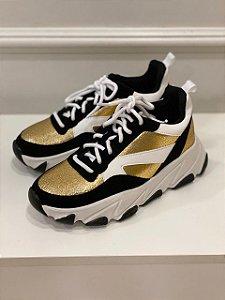 Tênis Preto/Dourado